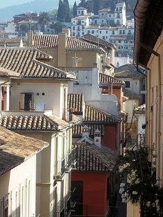 Granada, Spain (also known as the BEST CITY IN THE ENTIRE UNIVERSE!)