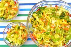 Surówka z kapusty włoskiej - Smakowite Dania Guacamole, Cabbage, Vegetables, Ethnic Recipes, Food, Crafts, Salads, Manualidades, Essen