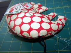 How to Make an Elephant Softie {very good tutorial with pattern}