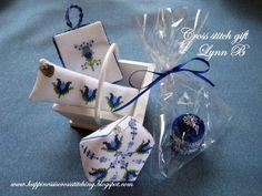 Happiness is Cross Stitching : Cross stitch gift set
