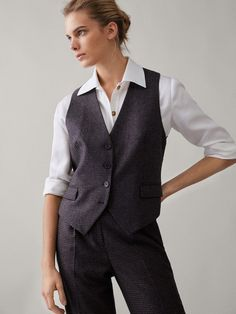 Massimo dutti france collection printemps-été 2019 page officielle Tomboy Fashion, Suit Fashion, Fashion Outfits, Tomboy Style, Stylish Outfits, Cool Outfits, Gilet Costume, France Mode, Tweed Waistcoat