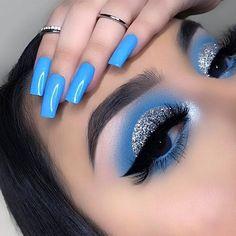 Fancy Makeup, Creative Eye Makeup, Edgy Makeup, Makeup Eye Looks, Colorful Eye Makeup, Eye Makeup Art, Blue Makeup, Pretty Makeup, Eyeshadow Makeup