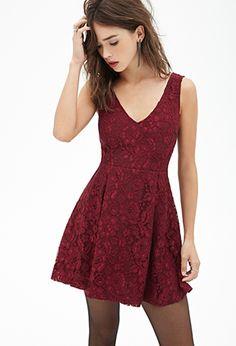 V-Cut Floral Lace Dress   FOREVER21 - 2000119282