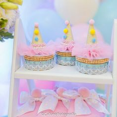 A imagem pode conter: comida Baby Girl Birthday, Circus Birthday, Birthday Parties, Circus Theme Party, Party Themes, Baby Shower, Cardboard Crafts, Candy Colors, Birthday Candles