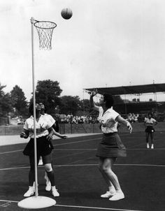 @englandnetball  v Netball Jamaica in the first ever netball world cup held in Eastbourne in 1963 #ThrowbackThursday