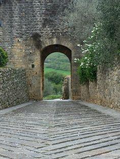 Monteriggioni, Toscana, 2016