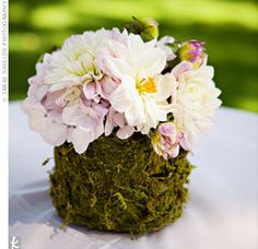 Sparkle & Hay Wedding Blog: Inspirations for a Rustic Chic Wedding: Rustic Chic Wedding Trend: Moss