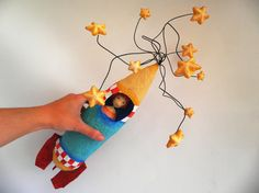 New Screen air dry Clay sculpture Strategies Rocket. Cartapesta air dry clay sculpture and wire. by ninotas Paper Mache Sculpture, Putz Houses, Air Dry Clay, Ceramic Clay, Creative Art, Art Dolls, Arts And Crafts, Crafty, Etsy
