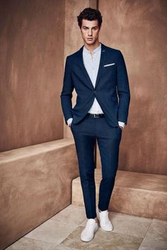 Handsome Summer Men Suits Shawl Lapel Mens Wedding Suits One Button Groom Suit Formal Prom Suit Blazer Men Groomsmen tuxedos Two Pieces Formal Prom Suits, Black Prom Suits, Suits And Sneakers, Sneakers Outfit Men, White Sneakers, Sneakers Fashion, Terno Casual, Groomsmen Tuxedos, Business Mode