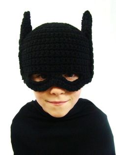Here's a funny little pattern for a Kids Batman Mask. Love it! From Craftown.