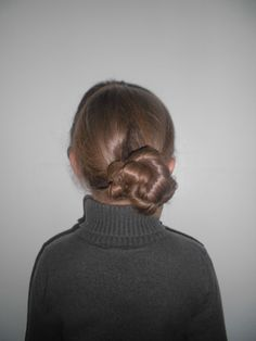 The Twisting Braid you can rope again around your head and create this look
