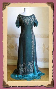 Full evening dress in green silk tunic with beaded embroidered overlay. 1911