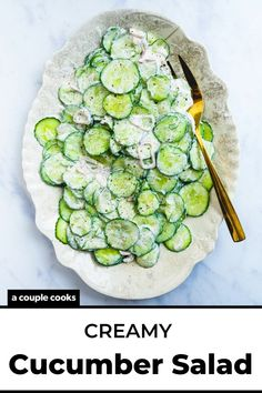 Here's an ultra refreshing side dish: creamy cucumber salad with sour cream! The silky sauce with dill and shallots brings an irresistible flavor.   summer salads   side dishes   summer side dishes   cucumber recipes   vegetarian recipes   gluten free recipes   #cucumbersalad #sourcream #creamycucumbersalad #creamy #cucumbers #cucumberrecipe #saladrecipe #salad #healthysalad #summersalad Vegetarian Cookbook, Vegetarian Recipes, Cooking Recipes, Vegetarian Dinners, Fast Recipes, Vegetable Side Dishes, Vegetable Recipes, Best Summer Salads, Salad Works