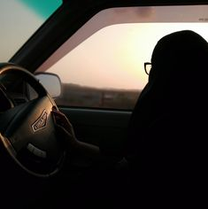 Moslem Fashion, Niqab Fashion, Muslim Couple Photography, Girl Photography Poses, Muslim Women Fashion, Islamic Fashion, Beautiful Muslim Women, Beautiful Hijab, Hijabi Girl