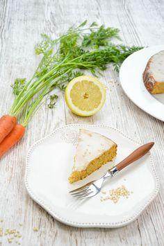 Rüblikuchen ohne Mehl #HealthyFood Plastic Cutting Board, Camembert Cheese, Dairy, Kitchen, Food, Cooking, Kitchens, Essen, Cucina