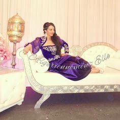 Très belle mariée et tesdira Algerienne ✨✨ Laakoba likoum mes jolies ! #wedding #dz #karakou #wedding_algelles