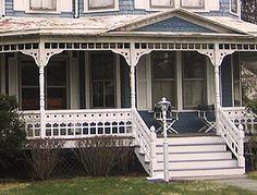Good porch railing vs bad porch railing