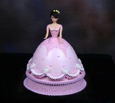 #Barbie Buttercream #Kleyo sugarpaste