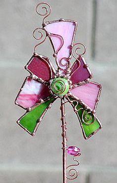 Detail Image for art Pink Garden Stake