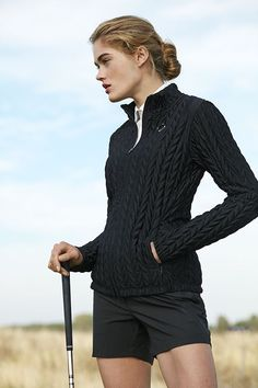Expert Golf Tips For Beginners Of The Game. Golf is enjoyed by many worldwide, and it is not a sport that is limited to one particular age group. Not many things can beat being out on a golf course o Golf Outfit, Golf Attire, Estilo Ivy, Estilo Gossip Girl, Best Golf Clubs, Golfer, Play Golf, Let's Golf, Sports Women