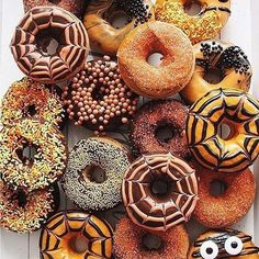Halloween is exactly 1 week away! 🎃🍩 • • • #entro #entrousa #entrobabe #entrobabes #entrovibes #ootd #outfitoftheday #model #boutique #contemporary #fashion #fashionista #fashionweek #fall #halloween #trending #trendy #travel #cute #pretty #love #boho #girly #flowers #follow4follow #like4like #tags4likes #instagood #instadaily #inspiration