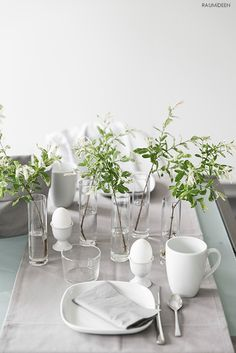 Urban Jungle Bloggers: Planty Table Setting by @raumidee