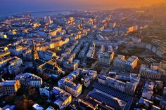 The Saint-Martin district Brest ,sub-prefecture of Finistère,on the left bank of the city.As the sun sets, the last rays still illuminate Brest buildings. Brest Bretagne, Region Bretagne, Brest France, City From Above, Belle France, Saint Louis, Atlantic City, Beautiful Places In The World, Holiday Destinations