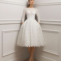 Informal Wedding Dresses, Civil Wedding Dresses, Wedding Dress Trends, Elegant Dresses, Pretty Dresses, Bridal Dresses, Beautiful Dresses, Bridal Fashion Week, Perfect Wedding Dress