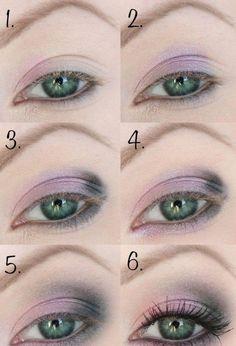 tuto maquillage yeux bleus - fard à paupières en rose pâle et gris