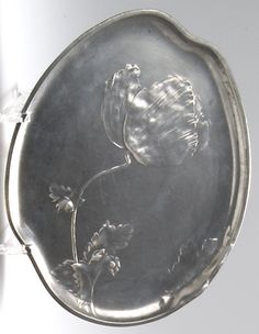 HUGO LEVEN calling card tray with poppy flower, c. 1898, pewter, manufactured by Kayserzinn