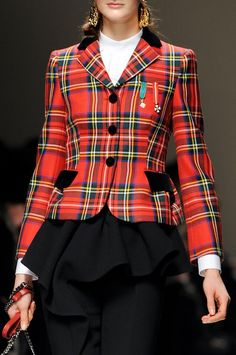Moschino plaid. (Fall 2013) I used to have a jacket like this way back in the 70's. It's quite bewildering that I can't remember what happened to it!!