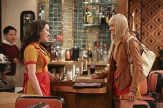 Creator Michael Patrick King wisely chose Production Designer Glenda Rovello and Set Decorator Amy Feldman SDSA to help bring his SEX IN THE CITY quirkiness and ingenuity to the sitcom world with the delightful, inventive, yet realistic sets of 2 BROKE GIRLS. SET DECOR checked in with each them for an insider view of the hit show.