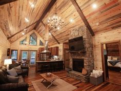 Book a stay at the Rustic Retreat in Broken Bow, and relax in two master suite bedrooms. Guests can take advantage of the Jacuzzi tub, open kitchen and elevated ceilings during their retreat in Hochatown.