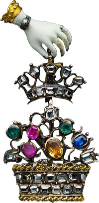 ALBION ART Historical Jewelry -   Ancient  Gold, silver, enamel, ruby, emerald pendant, c.1770, ALBION ART Collection.