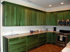 DIY shaker cabinet doors are one of the easiest ways to upgrade your kitchen. You know that a complete kitchen remodel requires Distressed Kitchen Cabinets, Green Kitchen Cabinets, Refacing Kitchen Cabinets, Cabinet Refacing, Shaker Cabinets, Cabinet Stain, Cabinet Ideas, Kitchen Backsplash, Kitchen Furniture