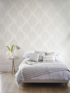 Harlequin Leaf wallpaper from the Momentum Wallcoverings Volume 2 collection by Harlequin