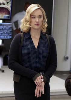 David (Joe DiNicol) is not going to let Patterson (Ashley Johnson) go without a fight on Blindspot.Monday's episode finds the bespectacled puzzle-solver trying. Ashley Johnson, Joe Dinicol, Blindspot Tv, Sullivan Stapleton, Uncle Jesse, Us Actress, Jaimie Alexander, My First Crush, Awesome