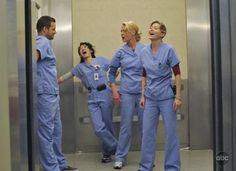 Still of Katherine Heigl, Justin Chambers, Sandra Oh and Ellen Pompeo in Anatomía de Grey