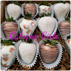 Cake Business, Business Ideas, Chocolate Covered Pretzel Rods, Disney Desserts, Chocolate Dipped Strawberries, Strawberry Dip, Treat Box, Chocolate Art, Diy Cake
