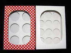 Resultado de imagen para como hacer cajas para cupcakes