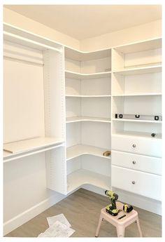 Master Closet Design, Walk In Closet Design, Master Bedroom Closet, Closet Designs, Wardrobe Design, Small Master Closet, Walk In Closet Small, Closet Ideas For Small Spaces, Bedroom Closets