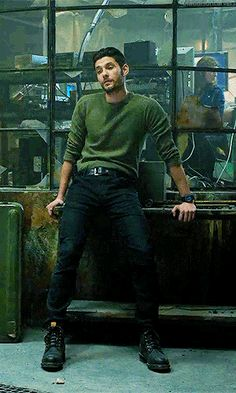 Ben Barnes as Billy Russo in The Punisher. Narnia, Katy Perry, Punisher Costume, John Bernthal, Ben Barnes Sirius, Young Sirius Black, Harley Quinn, Fangirl, The Darkling