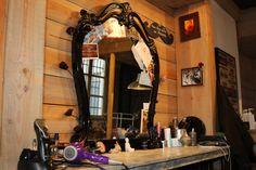 Lyon Le Petit Salon Coiffure Salons, Living Rooms, Lounges