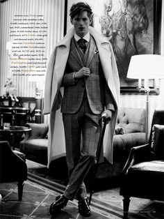 Model Bastiaan Ninaber teams up with David Roemer and stylist Christopher Campbell for this stylish Robb Report session. Gentlemans Club, Book Modelo, Christopher Campbell, Trendy Mens Haircuts, Man About Town, The Fashionisto, Three Piece Suit, 3 Piece, Foto Pose