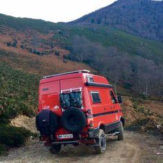 Iveco Daily 40-10 4x4 karavan Iveco 4x4, Iveco Daily 4x4, Camper Caravan, Truck Camper, Adventure Campers, Life Is An Adventure, 4x4 Trucks, Lifted Trucks, Converted Vans