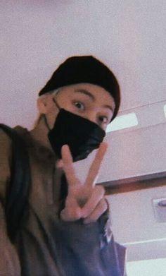 BTS V materyal boyfriend v art Jimin, Bts Bangtan Boy, Foto Bts, Daegu, Kim Taehyung, Namjoon, Jung Hoseok, Taekook, V Bts Cute