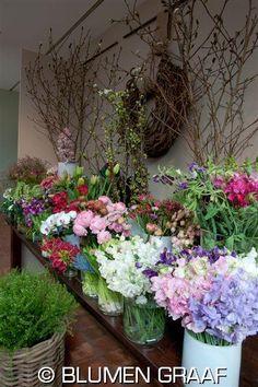 """""""Blumen Graaf"""" - Blumenladen in Hamburg. Spezialiät: außergewöhnliche Blumensorten, stilvolle Arrangements und nette Beratung."""