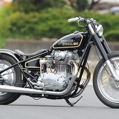 Follow for more daily bobbers!  #bobberporn #bobber #custom #customs #motorcycle #bike #biker #bikers  #bikerlife #livinglife #dream  #choppers  #bikerlife  #burgers #lifegoal #lifegoals #luxury  #vintage #chopperporn  #kustom #kustomkulture  #harley #harleydavidson #bobberlife #bobbertimes #harleydavidson  #HDCI #choppers #bobber  #bobberlifestyle #bobberheads #choppernation