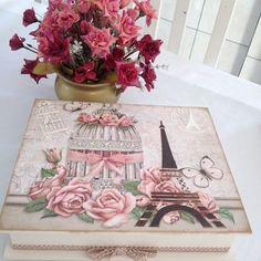 Caixa porta joias vintage feita sob encomenda #caixavintage #artesanato #artesanatobrasil #begeerosa #amoarte #feitoamao #feitocomcarinho #feitocomamor