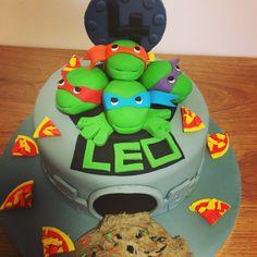 Ninja Turtles cake Kokos Cupcakes, Ninja Turtles, Desserts, Food, Tailgate Desserts, Deserts, Essen, Postres, Meals